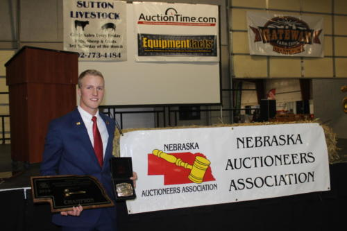 Austin Creamer 2019 Champion Auctioneer Award